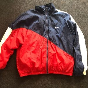 Nike vintage windbreaker jacket